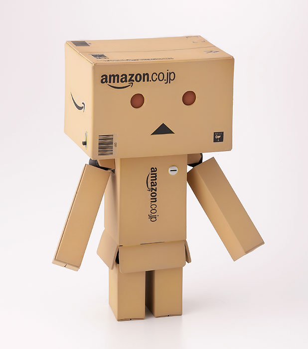 revoltech danbo amazon box version. Black Bedroom Furniture Sets. Home Design Ideas