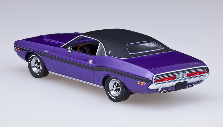 GSR Cars: American Muscle Series 03 - 1970 Dodge Challenger (Plum Crazy)